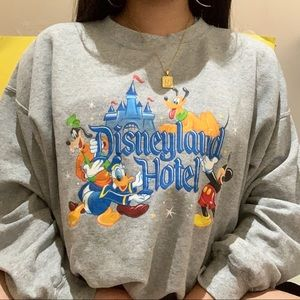 vintage disney crewneck sweater ✧